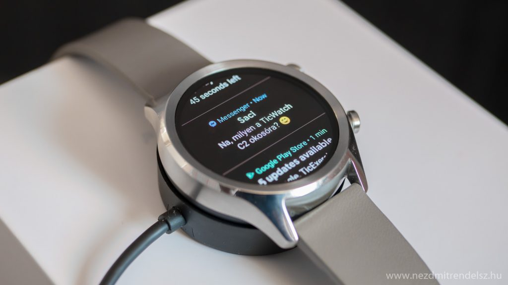 Ticwatch C2 messenger